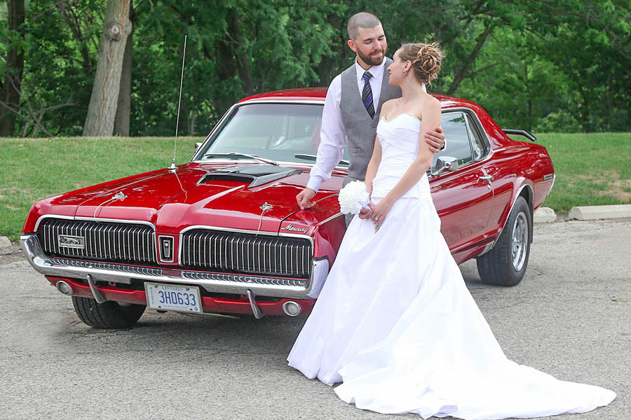 classic car Kitchener wedding photographer