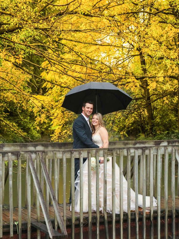 rainy wedding St. Jacobs