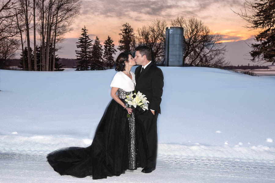 winter wedding at Rebel Creek Golf Club
